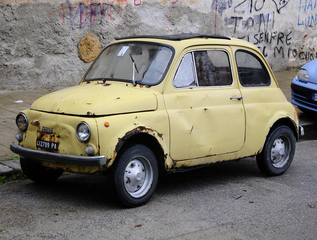 Yellow 500 Old Fiat 500 Vecchia Fiat 500