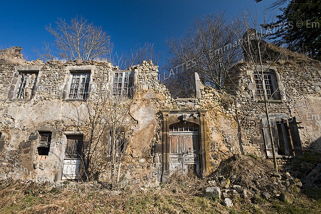 maison en ruine orcival 63210 puy de d me 63 france flickr. Black Bedroom Furniture Sets. Home Design Ideas
