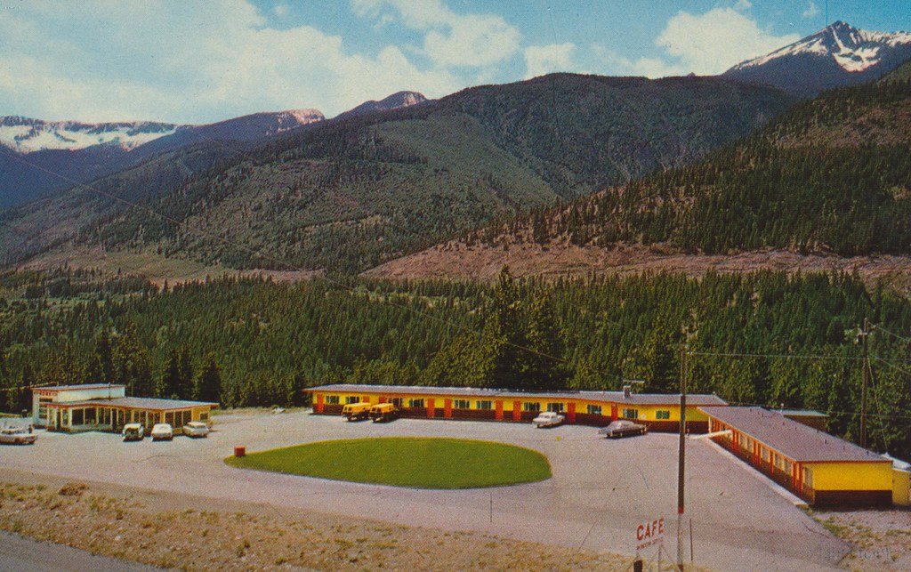 Lytton Pines Motel - Lytton, British Columbia
