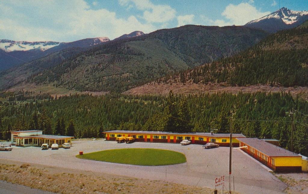 Lytton Pines Motel - Lytton, British Columbia