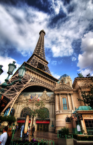 The Eiffel Tower in Las Vegas | by Werner Kunz
