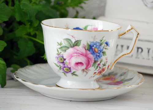 English Tea Cup | by pinkginghamom