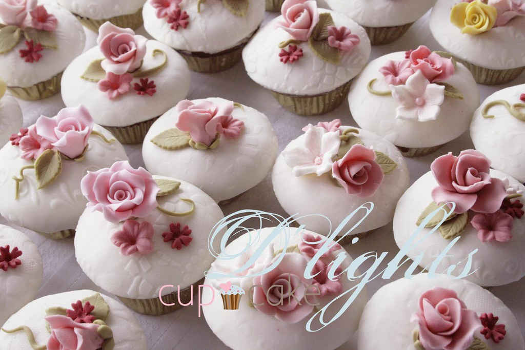 English Rose Garden Cupcakes | Old Photo :) Iv Been Cleaningu2026 | Flickr