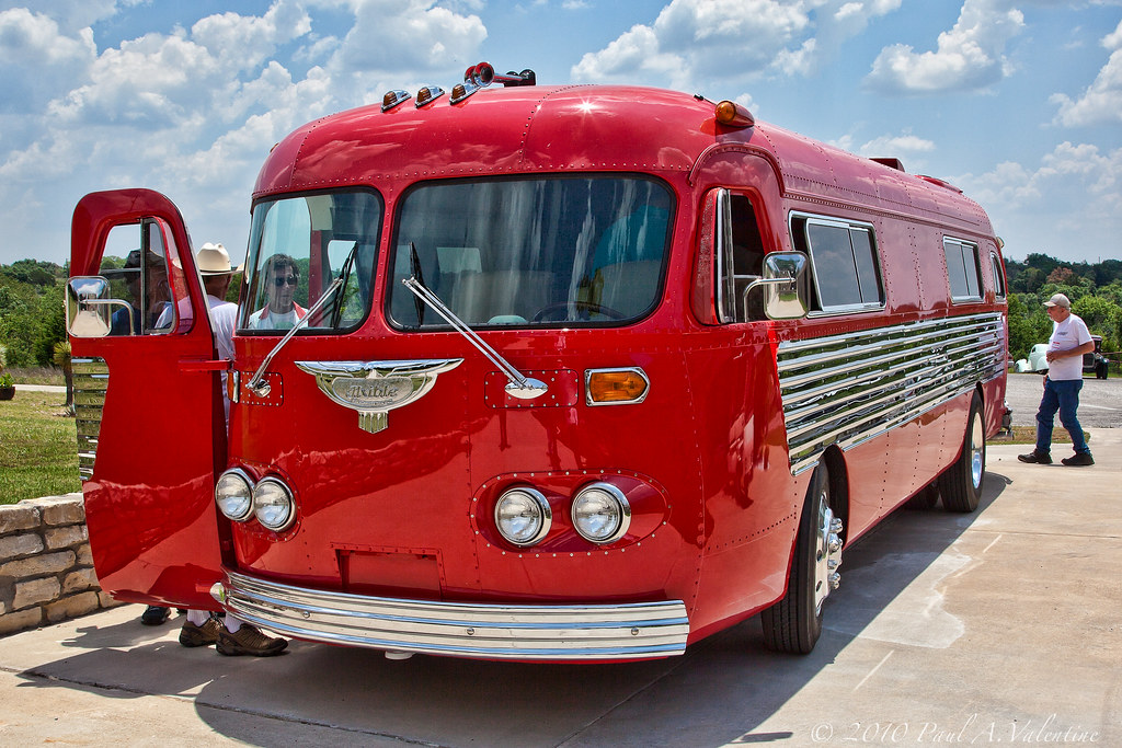 Vintage flxible motorhome 05 29 10 a late 40 39 s flxible for Classic motor homes for sale