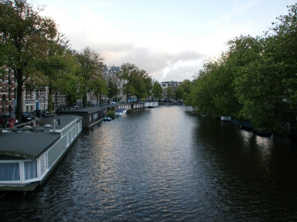 Casas flotantes en amsterdam casas flotantes en amsterdam flickr - Alquiler casa amsterdam ...