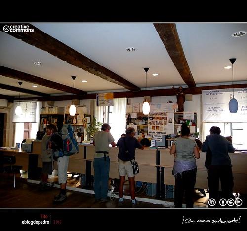 Oficina del peregrino pedro ag era flickr for Oficina del peregrino