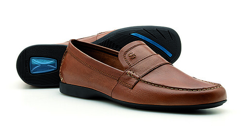 Men Shoes Fitted With Buckle