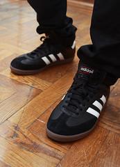 Adidas Men S Samba Classic Soccer Lifestyle Shoe New Black White