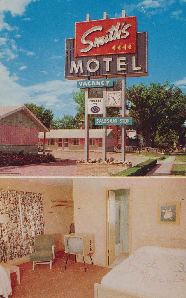 "Smith's ""Uptown"" Motel - Sioux Falls, South Dakota"