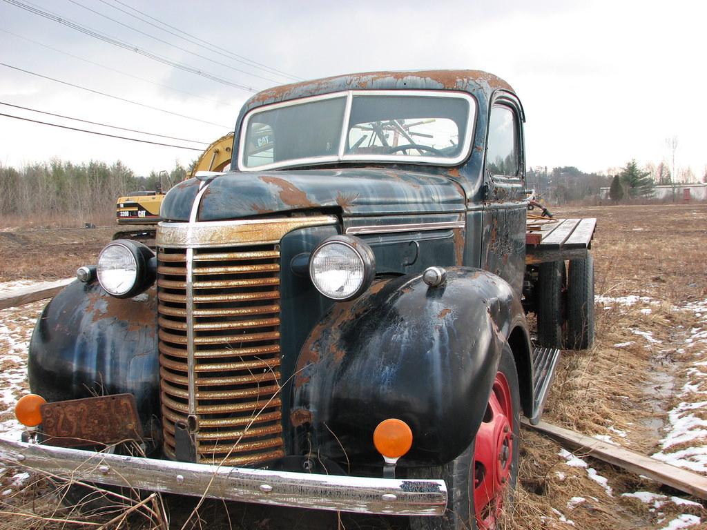 A 1940 CHEVY TRUCK IN FEB 2010 | An old heavy duty truck in … | Flickr
