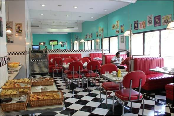 All american diner lavasa lavasa flickr for Retro dining room decorating ideas