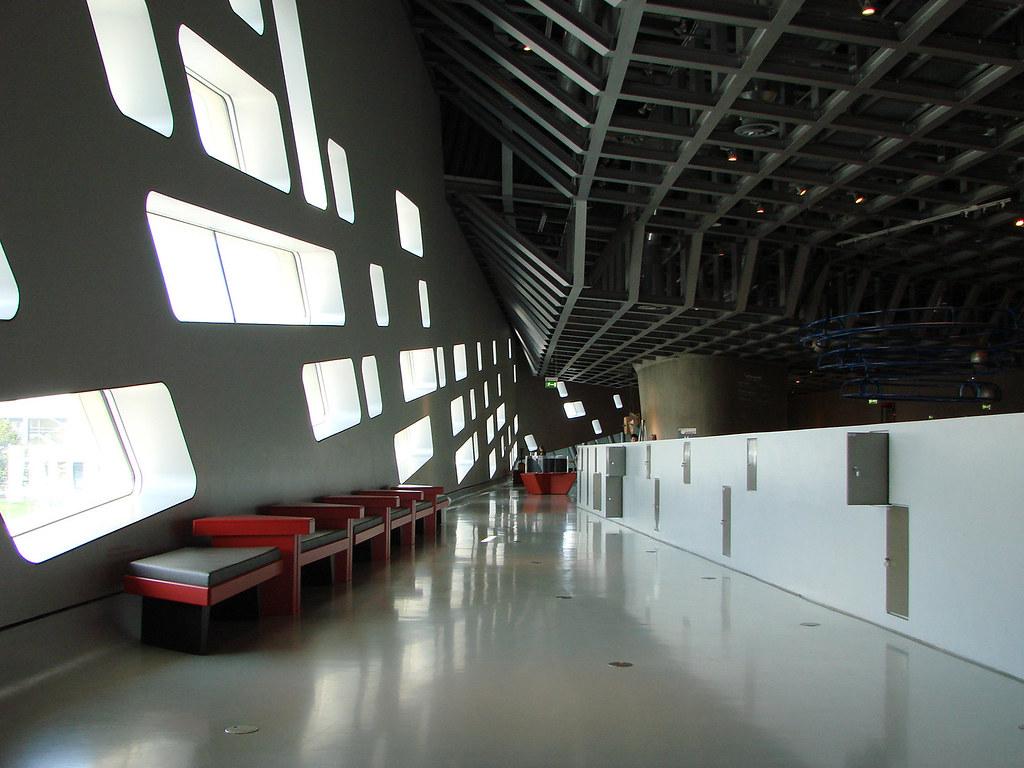 phaeno science center architect zaha hadid architects lo flickr. Black Bedroom Furniture Sets. Home Design Ideas
