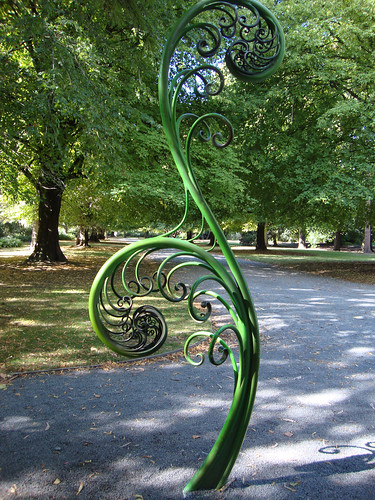 Koru Fern Sculpture They Have These Metal Sculptures
