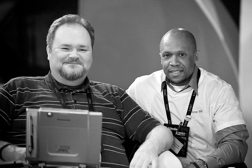 Thomas Jones in the Bloggers' Lounge at EMC World 2010 | by delmes