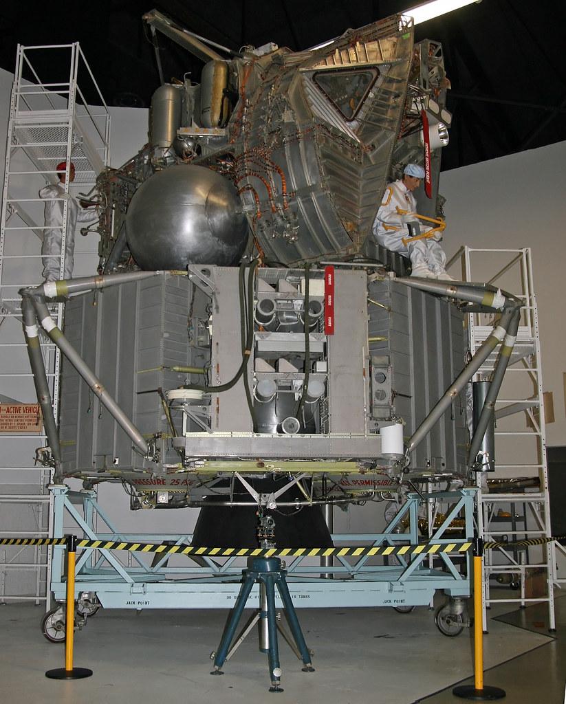 Grumman Apollo LEM Lunar Module Mock Up | Intersting ...
