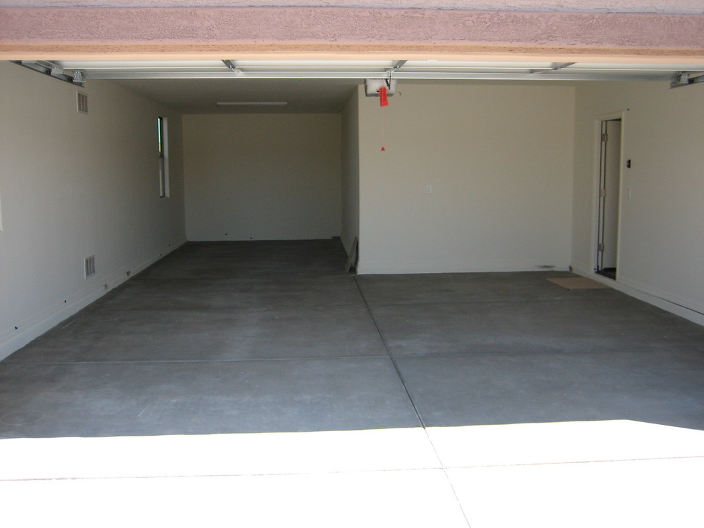 3 car tandem garage marie flores flickr for 2 5 car garage cost
