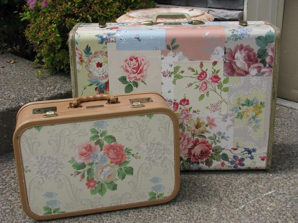 Decoupage suitcases isabel lang flickr - Manualidades con cajas de madera ...