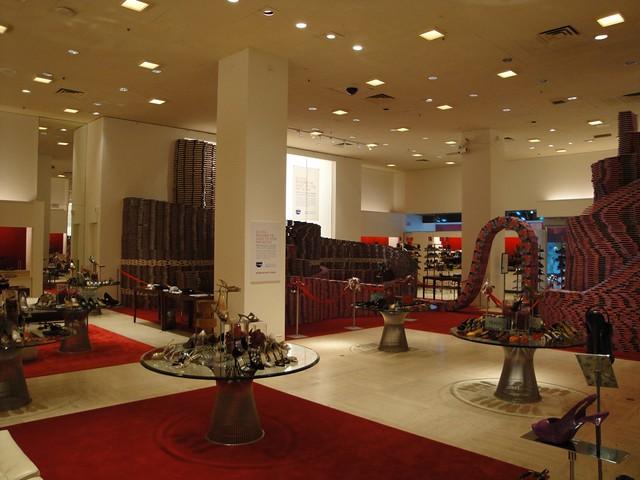 Neiman Marcus Interior 02 | Neiman Marcus flagship store ...
