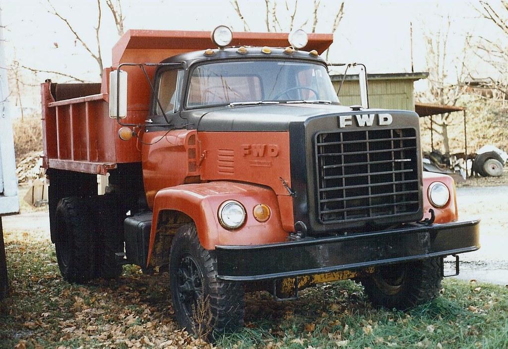 Fwd Tractioneer Dump