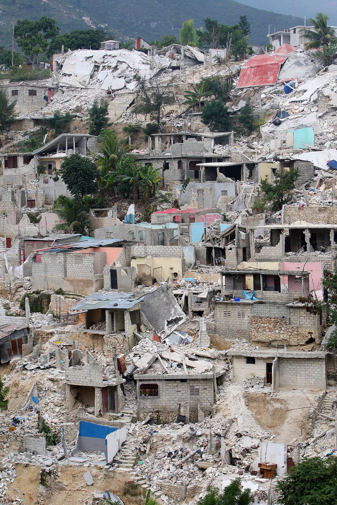 Canape vert mountain slums port au prince haiti for Canape vert port au prince haiti