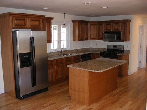 Kitchen with Maple Cabinets & Granite Countertops ... on Granite Countertops With Maple Cabinets  id=63711