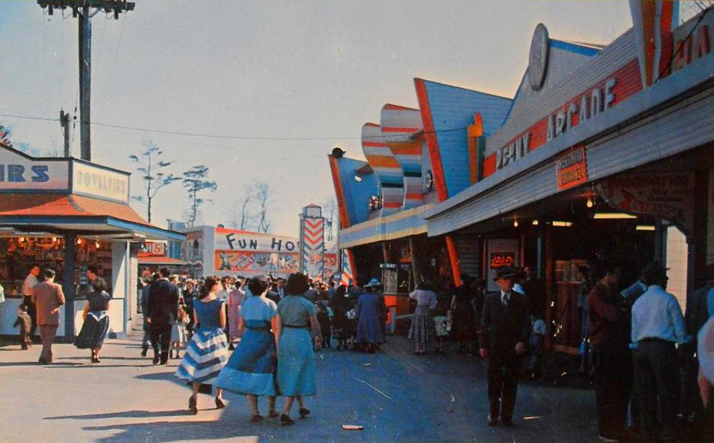 1950s Vintage Postcard Amusement Park Rides Midway At Sylv Flickr