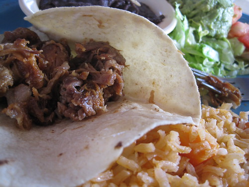Curra's Lunch - Carnitas con Mole sauce | by Boz Bros
