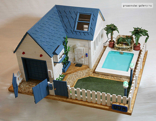 Wooden dollhouse with a swimming pool the garage rollets flickr for Barbie doll house with swimming pool