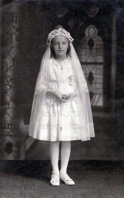Vintage Postcard First Communion Chicks57 Flickr