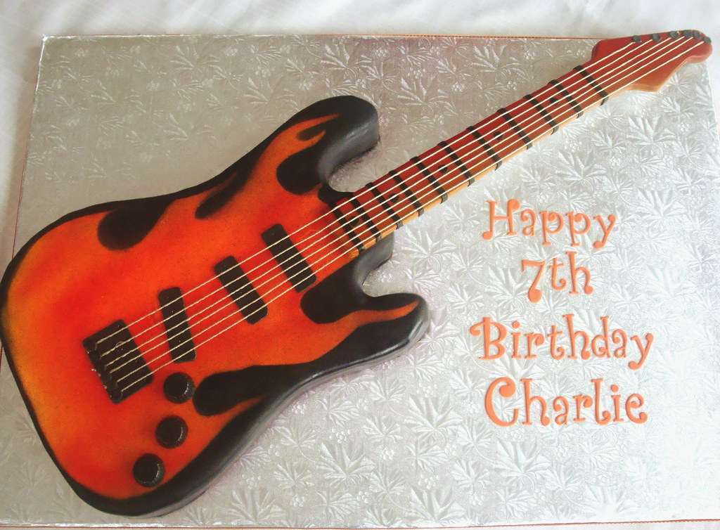 Electric Guitar Cake I Made This For My Son S 7th
