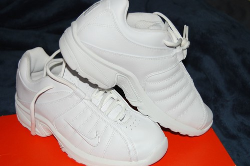 Clearance Tennis Shoes Uk