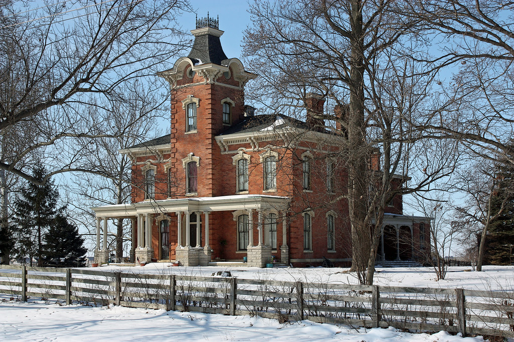 049/365 | Chatham IL - Caldwell Mansion (2 of 3) | Project ...