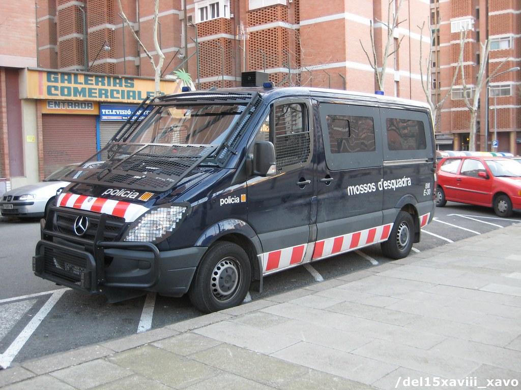 Mossos D Esquadra Foto Pr 242 Pia Furgoneta Antiavalots Merce Flickr