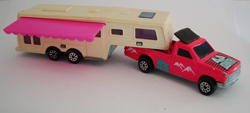 majorette camping car deluxe make majorette thailand. Black Bedroom Furniture Sets. Home Design Ideas