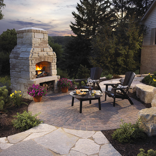 Outdoor Fireplace And Circle Patio Winco Landscape Flickr