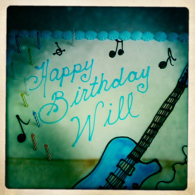 Happy birthday will a guitar inspired cake for my nephew flickr sciox Gallery
