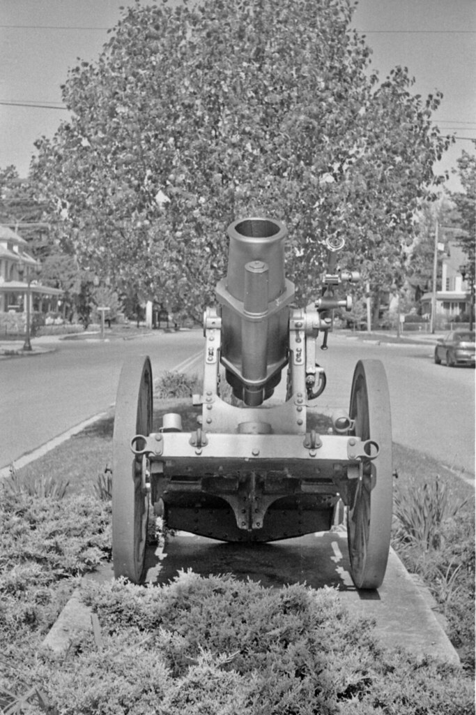 mortar 1 dowagiac michigan captured with an argus c3 an flickr. Black Bedroom Furniture Sets. Home Design Ideas