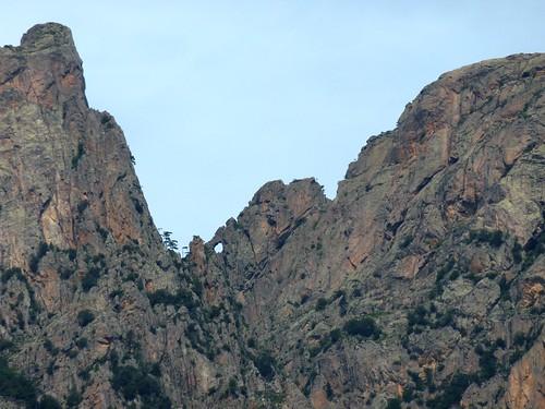 Montée vers Punta Russa : Crête Punta Velacu - Calanca Murata avec le Tafonu di u Cumpuleddu