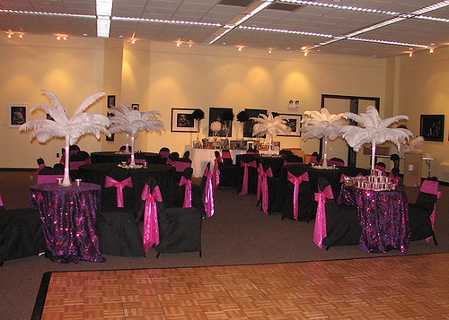 Ostrich Feather Decorations | by Kimsgiftbaskets