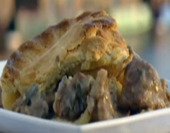 Meat pies, Pigeon pie and Ground almonds on Pinterest