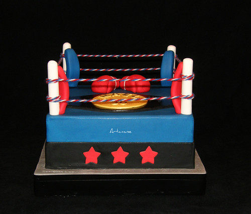 How To Make A Boxing Ring Cake