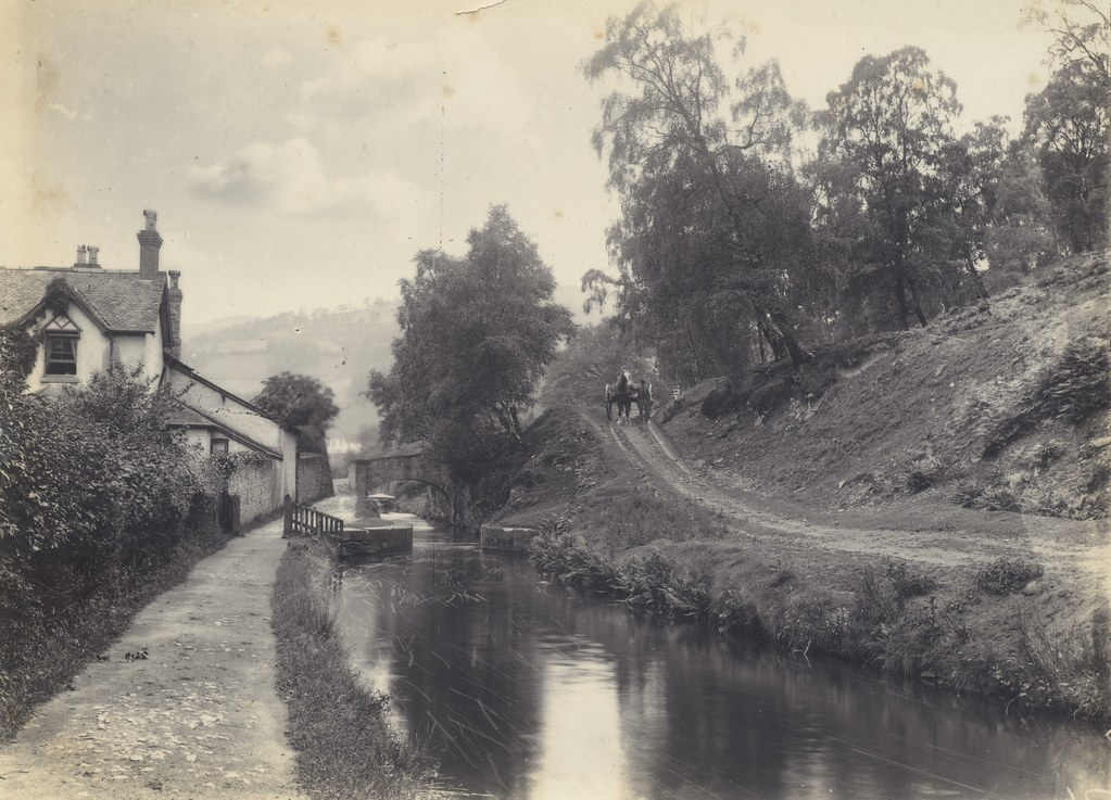 Late 1800s Early 1900s Photograph Of Canal Possibly Near L