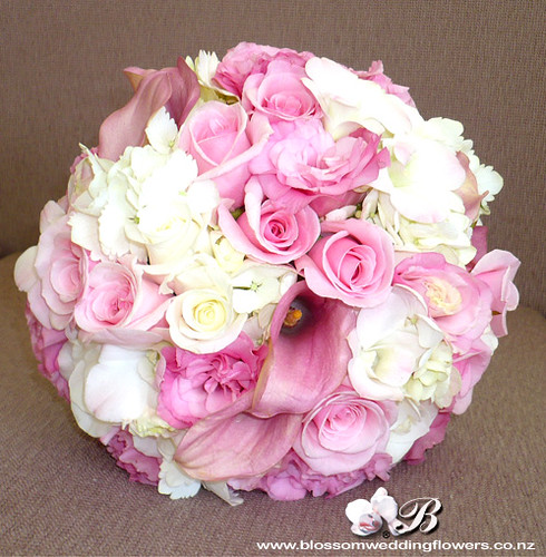 Bridal Bouquets Pink And White : Pale pink white mixed bouquet of pinks and