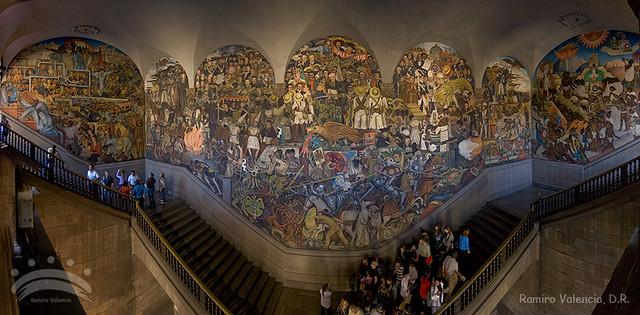 Mural palacio nacional mural de diego rivera en la for Mural metro u de chile
