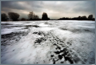 Wind and snow on ice | by Fred van Daalen