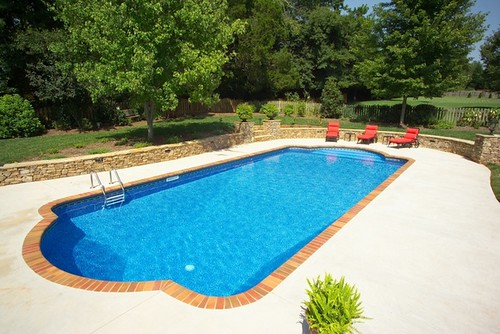 Vinyl pool with brick coping elite pools flickr for Paint for inground swimming pool coping