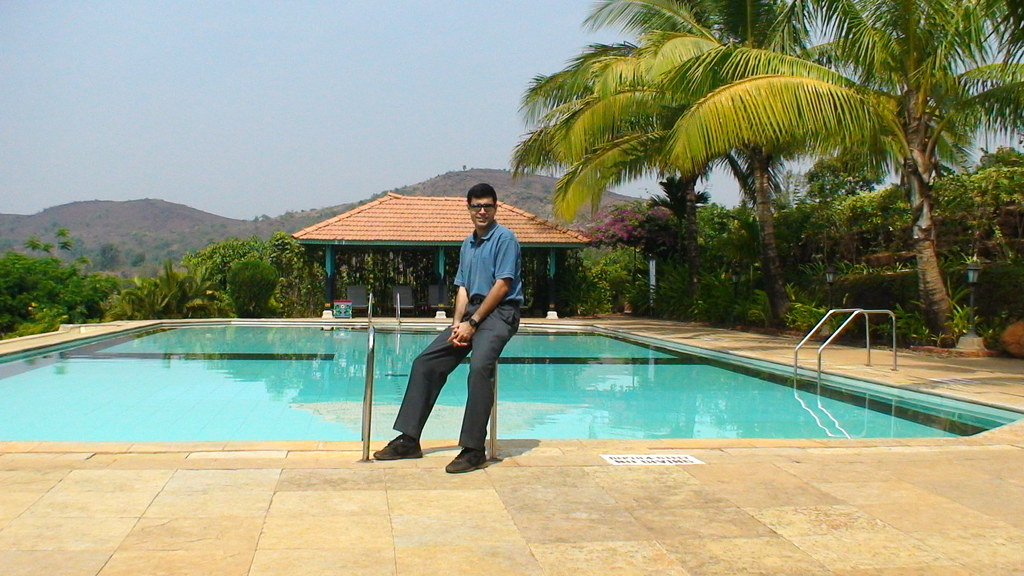 Swimming pool of quality inn riverview resort at chiplun - Riverview swimming pool pittsburgh pa ...