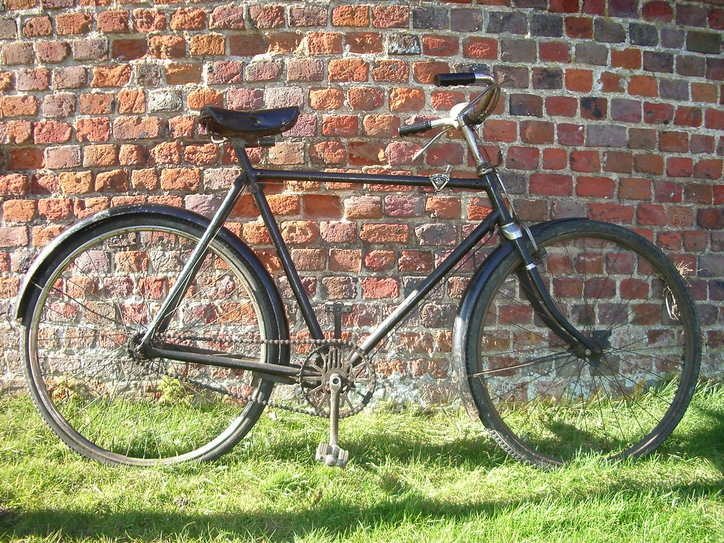 Rudge Whitworth Roadster Bicycle 1936 Brick Wall C1710
