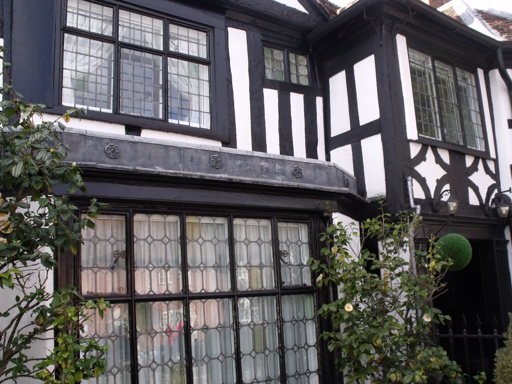 Yew Tree House High Street Henley In Arden Old Windows