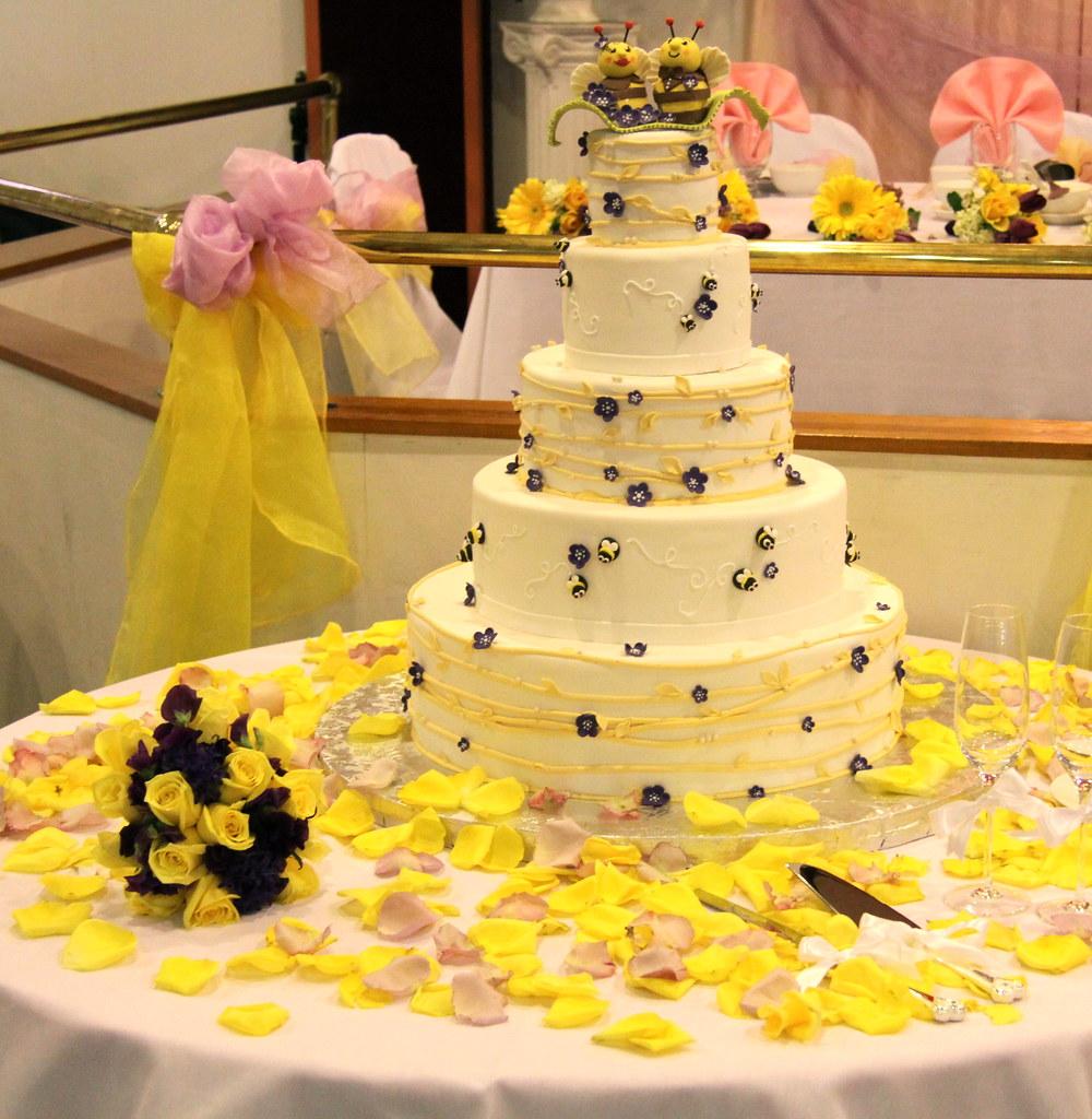 Wedding - Purple yellow bee theme cake | bonnibella | Flickr